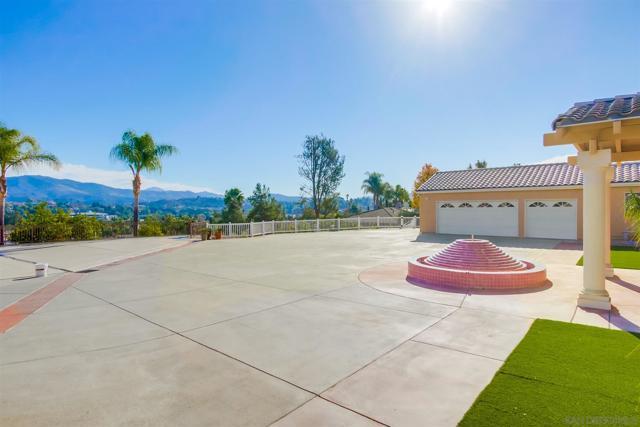 Image 5 of 1455 Fuerte Heights Ln, El Cajon, CA 92019