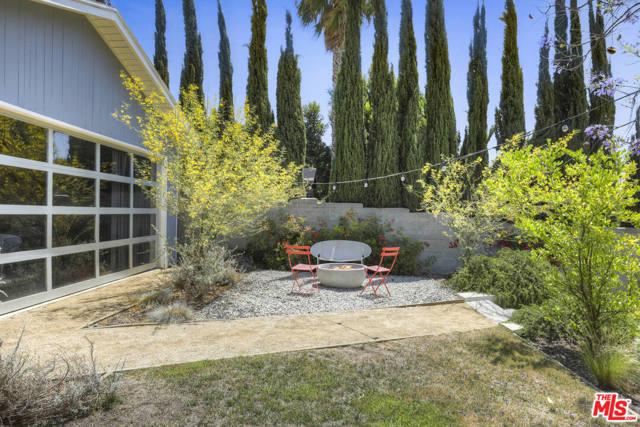 35. 4209 Clayton Avenue Los Angeles, CA 90027
