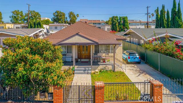 836 Edgemont  Los Angeles CA 90029