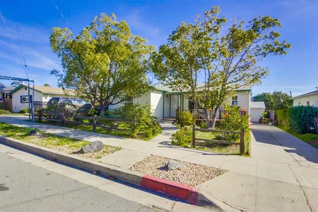 4939 Pine St., La Mesa, CA 91942