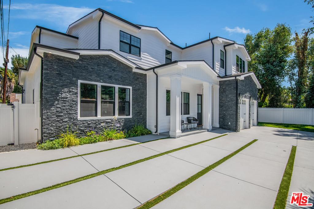 13957     Mccormick Street, Sherman Oaks CA 91423
