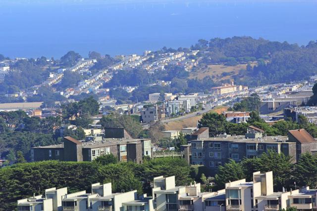 55 Red Rock Way 201, San Francisco, CA 94131