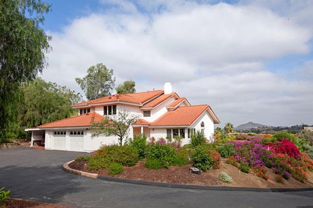 2219 Greenfield Dr, El Cajon, CA 92019