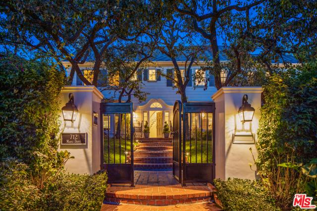 712 N Maple Drive, Beverly Hills, CA 90210