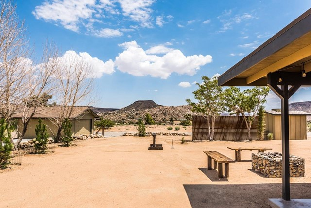 52924 Chia Trail, Pioneertown, CA 92268