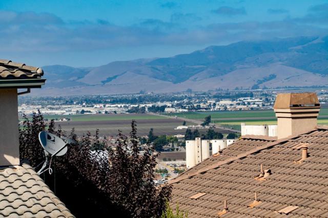 26457 Honor Lane, Salinas, CA 93908