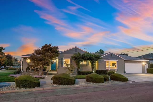 886 Redwood Avenue, San Jose, CA 95128
