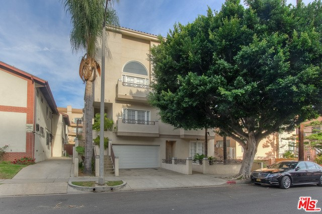 1258 BARRY Avenue 2, Los Angeles, CA 90025