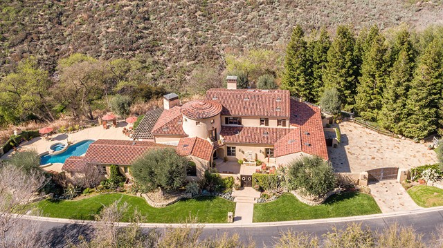 695 Country Valley Road, Westlake Village, CA 91362