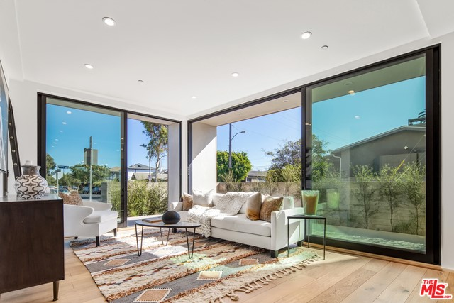 3214 Highland Ave 1, Santa Monica, CA 90405