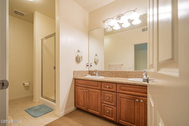 20. 461 Country Club Drive #111 Simi Valley, CA 93065