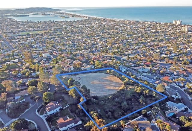 1685 Los Altos Rd 1, San Diego, CA 92109