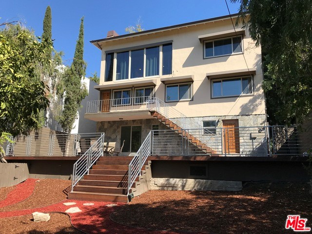 5211 BAZA Avenue, Woodland Hills, CA 91364