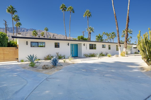 1347 Paseo De Marcia, Palm Springs, CA 92264