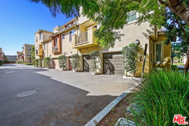 500 N WILLOWBROOK Avenue N7, Compton, CA 90220
