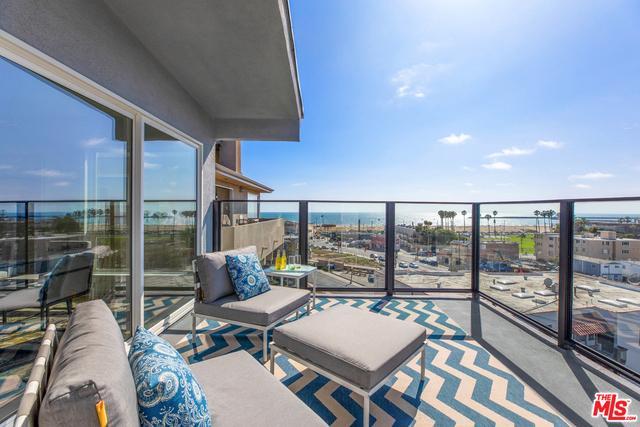 229 MONTREAL Street, Playa del Rey, California 90293, 4 Bedrooms Bedrooms, ,2 BathroomsBathrooms,For Sale,MONTREAL,19491526