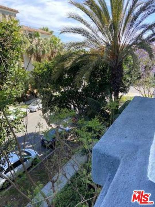 12963 Runway Rd, Playa Vista, CA 90094 Photo 8