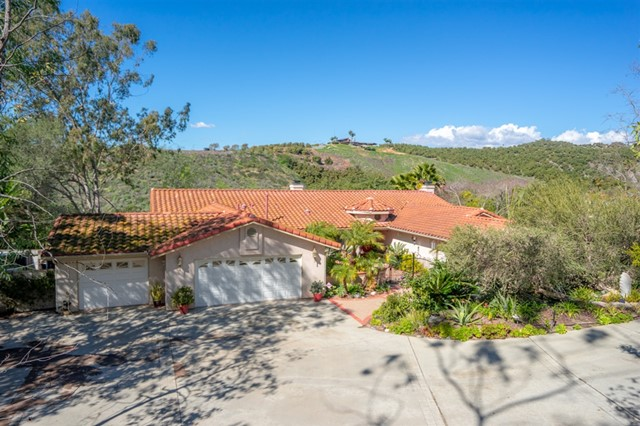 835 Grove View Road, Oceanside, CA 92057
