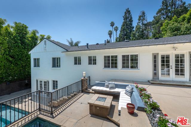51. 16633 Oak View Drive Encino, CA 91436