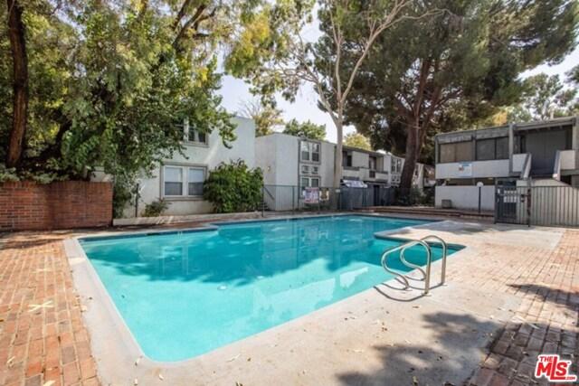 11. 18620 Hatteras Street #171 Tarzana, CA 91356