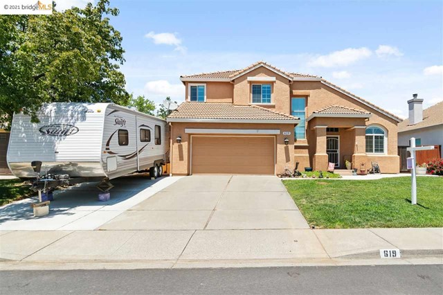 619 Edenderry Dr Vacaville, CA 95688