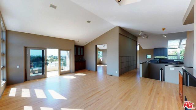 641 25TH Street, Hermosa Beach, California 90254, 3 Bedrooms Bedrooms, ,2 BathroomsBathrooms,For Rent,25TH,20643712