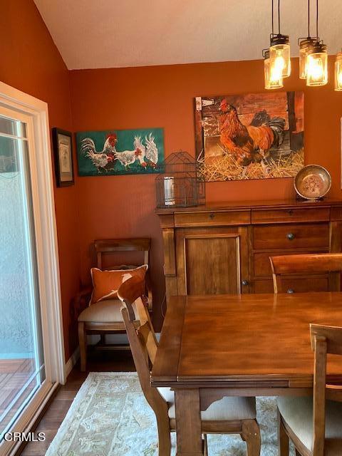 amherst dining room 3