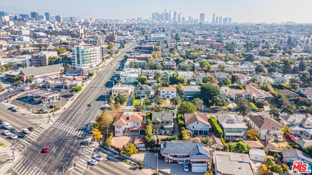 Image 9 of 1023 S Wilton Pl, Los Angeles, CA 90019