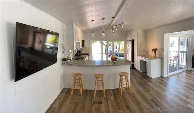 6550 Ponto Drive, Carlsbad, California 92011, 2 Bedrooms Bedrooms, ,1 BathroomBathrooms,Manufactured On Land,For Sale,Ponto Drive,210003146