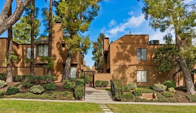 100 Hurlbut Street 12, Pasadena, CA 91105