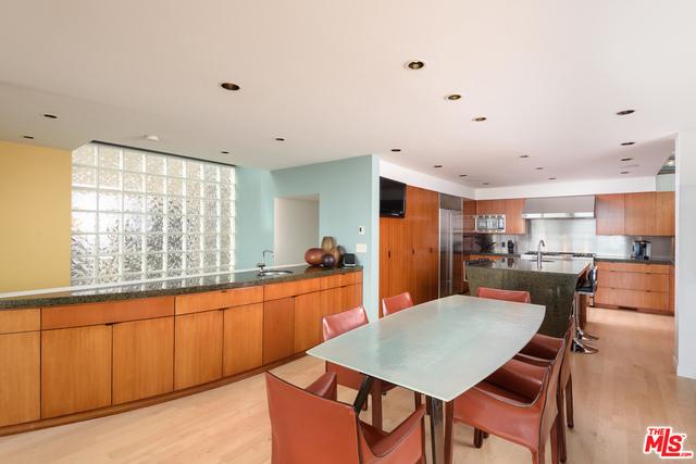 718 THE STRAND, Hermosa Beach, California 90254, 3 Bedrooms Bedrooms, ,4 BathroomsBathrooms,For Sale,THE STRAND,18393866