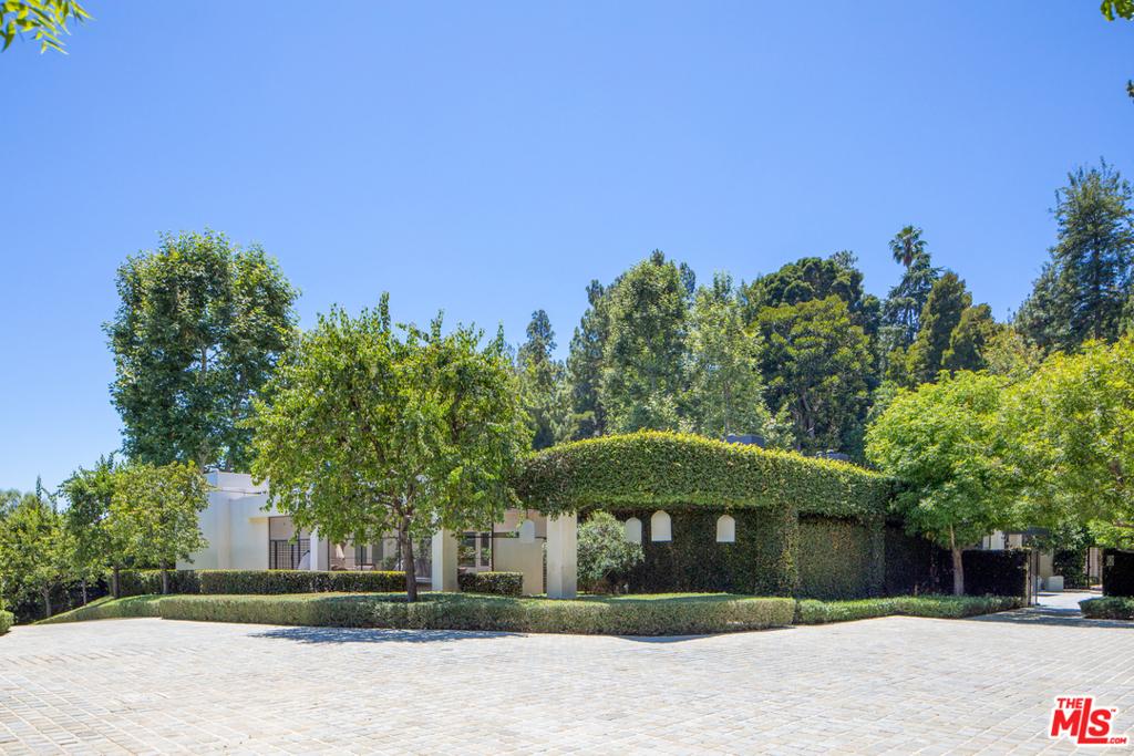 Photo of 1196 Cabrillo Drive, Beverly Hills, CA 90210