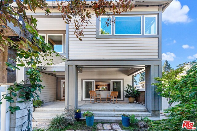 3367 ROXANNE Avenue, Long Beach, CA 90808