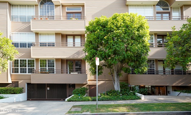 10640 Wilkins Avenue 202, Los Angeles, CA 90024