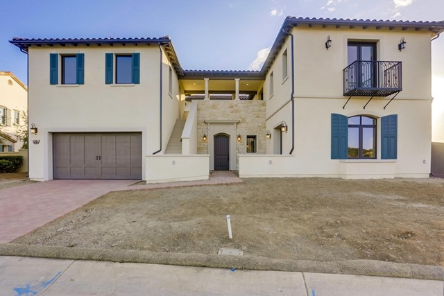 1067 Quartz Ct., San Marcos, CA 92078