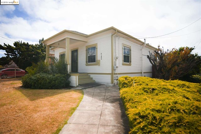 2104 92Nd Ave, Oakland, CA 94603
