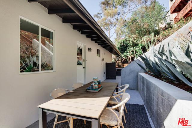 23. 1628 N Easterly Terrace Los Angeles, CA 90026