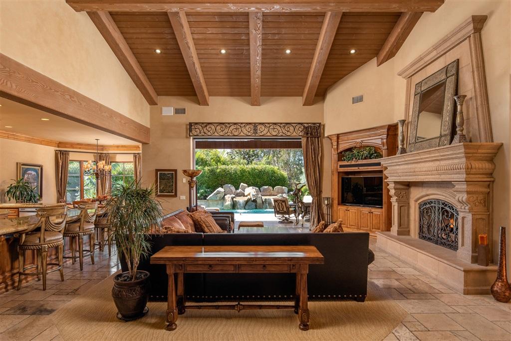 14175 Rancho Vista Bend San Diego, CA 92130