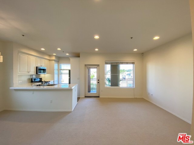 6020 Seabluff Dr, Playa Vista, CA 90094 Photo 1