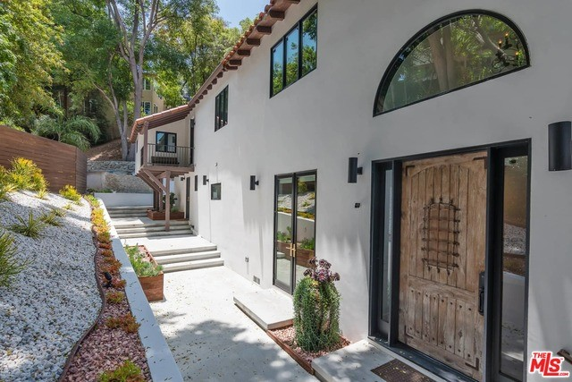 11360 SUNSHINE Terrace, Studio City, CA 91604