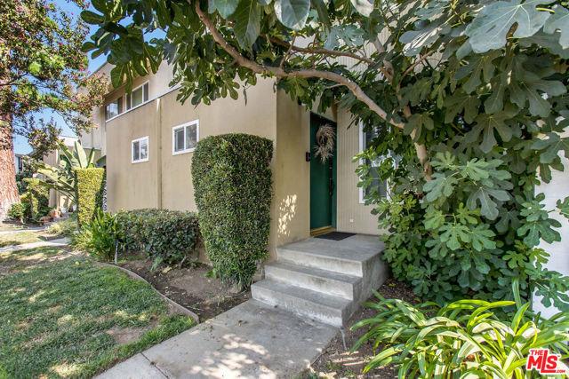 11138 Aqua Vista Street 3, Studio City, CA 91602