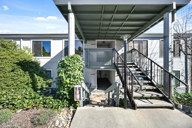 2200 Pine Knoll Drive Walnut Creek, CA 94595