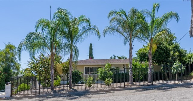 1149 W W 11Th Ave, Escondido, CA 92025