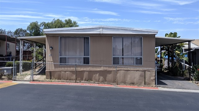 1819 Smythe Ave 84, San Ysidro, CA 92173