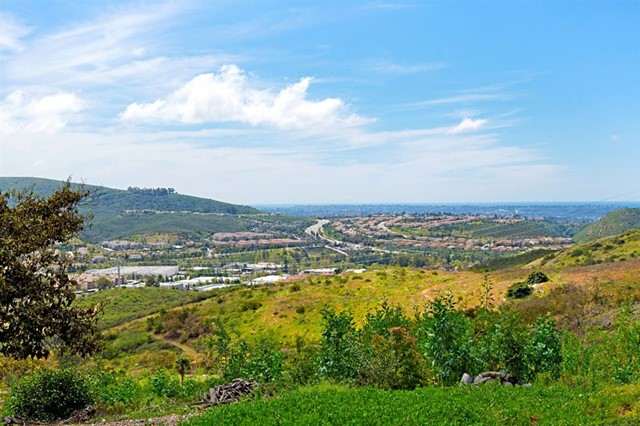 946 Camino Del Arroyo, San Marcos, CA 92078