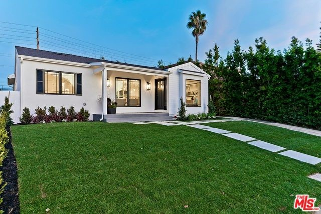 8042 ALVERSTONE Avenue, Los Angeles, CA 90045