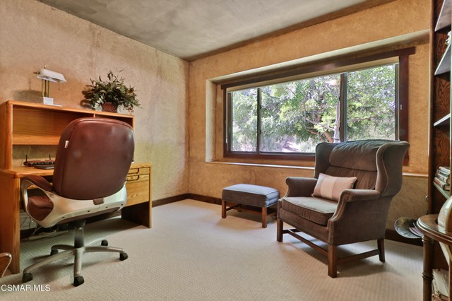 26. 202 Sundown Road Thousand Oaks, CA 91361