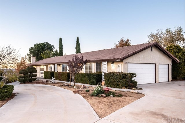 20424 Wren Street, Apple Valley, CA 92308