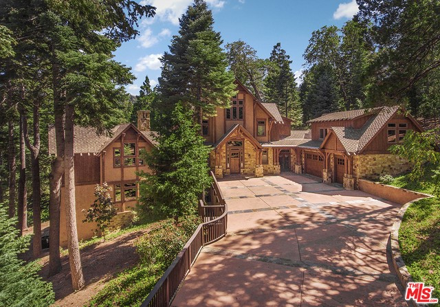 29025 RED GROUSE Court, Lake Arrowhead, CA 92352
