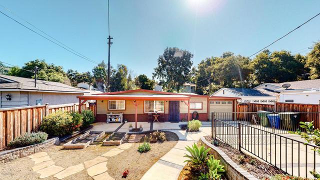 88 Mountain View Street, Oak View, CA 93022
